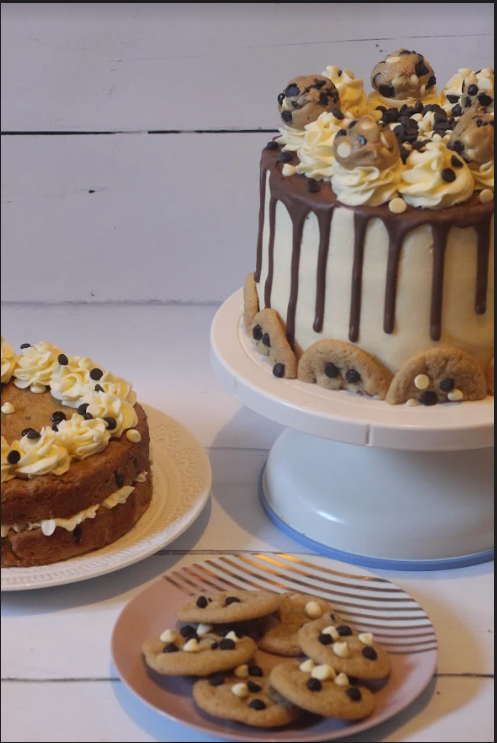 giant cookie sandwich, cookie dough showstopper cake, mini chocolate chip cookies, all from a spoonful of vanilla -- fancy comma blog